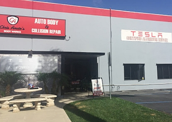 Oceanside auto body shop Chris Amato's Body Werks
