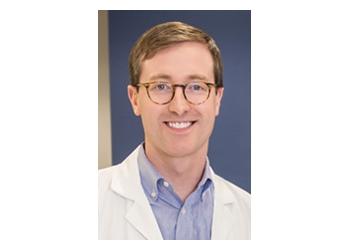 Irving dermatologist Christoper W Carr, MD - DALLAS ASSOCIATED DERMATOLOGISTS