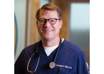 Little Rock pain management doctor Christopher Mocek, MD - THE MOCEK SPINE CLINIC