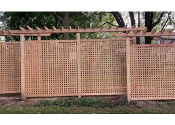 3 Best Fencing Contractors In Milwaukee Wi Threebestrated