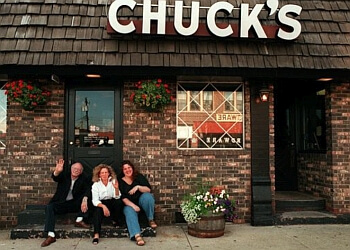 Des Moines pizza place Chuck's Restaurant