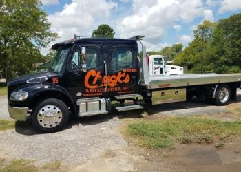 Beaumont towing company Chuck's Wrecker Services Inc.
