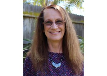 Visalia marriage counselor Cindy Reynolds, LMFT
