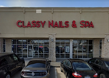 Wichita nail salon Classy Nails & Spa