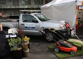 Seattle lawn care service Clean Air Lawn Care