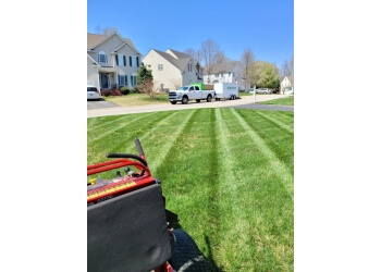 3 Best Lawn Care Services In Topeka Ks Threebestrated