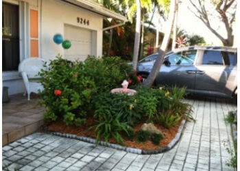 Miami lawn care service Clean Cut Yard Services LLC.