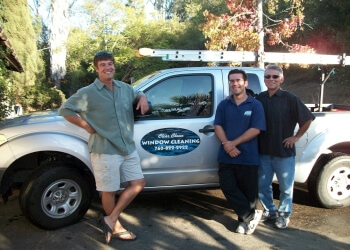 Carlsbad window cleaner Clear Choice Window Cleaning
