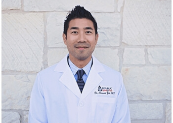 Austin pain management doctor Clement Yeh, MD