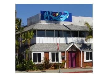 Long Beach night club Club Ripples