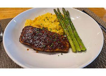 Columbia american restaurant Cola's Restaurant