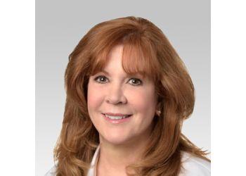 Naperville dermatologist Colleen A. Keegan, DO - NORTHWESTERN MEDICINE