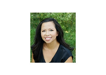 Kansas City cosmetic dentist Colleen A. Nguyen, DDS