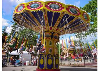 St Paul amusement park Como Town