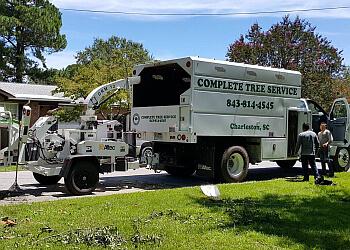 Charleston tree service Complete Tree Service