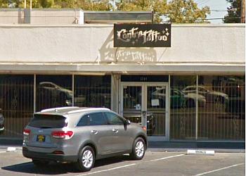 Fresno tattoo shop Contra Tattoo