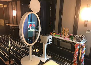 Greensboro photo booth company Cool Cliq Photo Booth