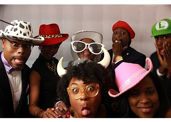 Garland photo booth company Cool Flipz Photo Booth