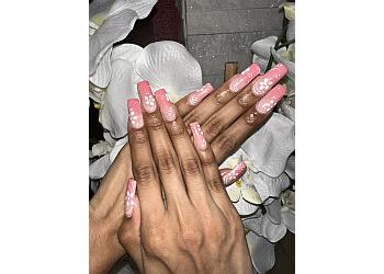 Brownsville nail salon Cosmo Nail Bar