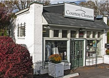 Atlanta dry cleaner Courtesy Cleaners