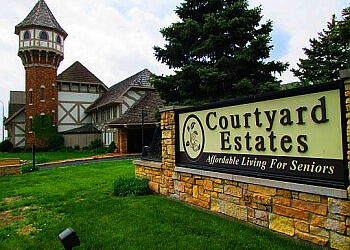 Peoria assisted living facility Courtyard Estates of Peoria