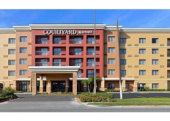 Laredo hotel Courtyard