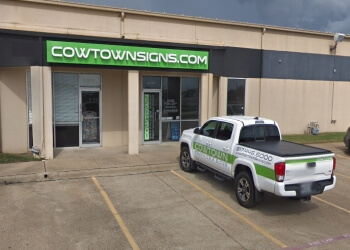 Fort Worth sign company Cowtown Graphics & Signs