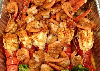 Toledo seafood restaurant Crab Island