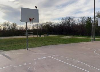 Arlington public park Cravens Park
