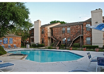 Garland apartments for rent Creekside on the Green