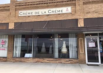 Fort Worth cake Creme De La Creme Cake Company