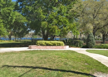Clearwater public park Crest Lake Park