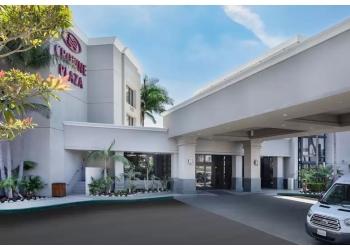 Costa Mesa hotel Crowne Plaza
