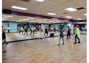 Riverside gym Crunch Fitness