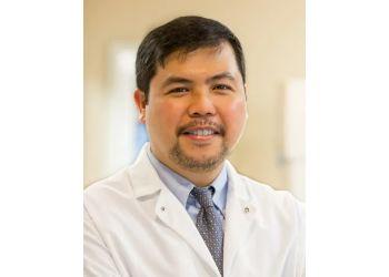 Roseville cosmetic dentist Cruz , DDS