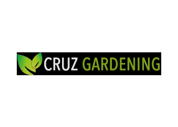 Thousand Oaks lawn care service Cruz Gardening