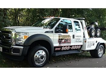 Rockford towing company CRUZ 24 HOUR TOWING