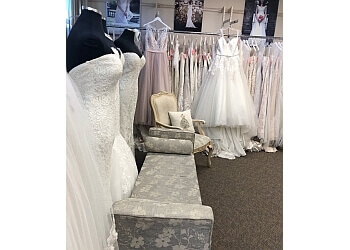 Santa Clarita bridal shop Cruz's Bridal
