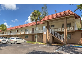 Miami Gardens apartments for rent Crystal Lake Apartments