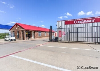 Garland storage unit CubeSmart Self Storage