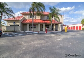 Pembroke Pines storage unit CubeSmart Self Storage