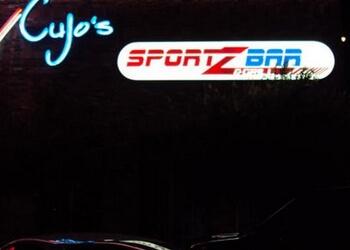 Lubbock sports bar Cujo's