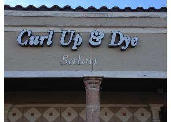 Laredo hair salon Curl Up & Dye Salon