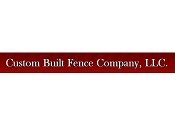 Seattle fencing contractor Custom Built Fence
