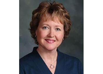 Port St Lucie dermatologist Cynthia Dolan, MD