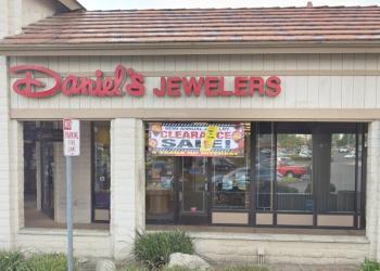 Fontana jewelry DANIEL'S JEWELERS