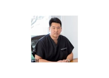Irvine physical therapist DAVIS KOH, DPT, MBA, GCS, CSCS