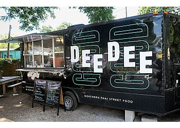 Austin food truck DEE DEE - Northern Thai Street Food