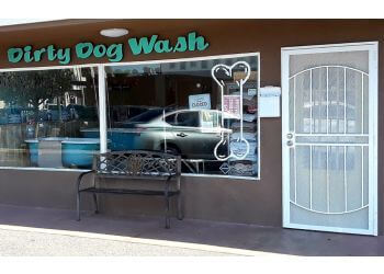Huntington Beach pet grooming DIRTY DOG WASH