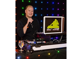 Minneapolis dj DJ JOE ENTERTAINENT